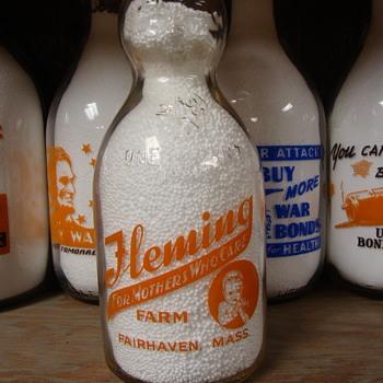 FLEMING FARM...FAIRHAVEN MASSACHUSETTS BABY TOP MILK BOTTLE - Bottles