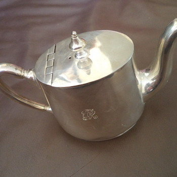 Silver plated Milk/or hot water for tea, by Elkington Silver.