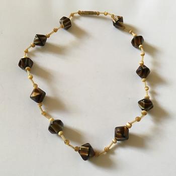 Vintage stone necklace  - Costume Jewelry