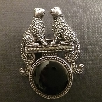 Sterling marcasite panthers on globe brooch  - Art Deco