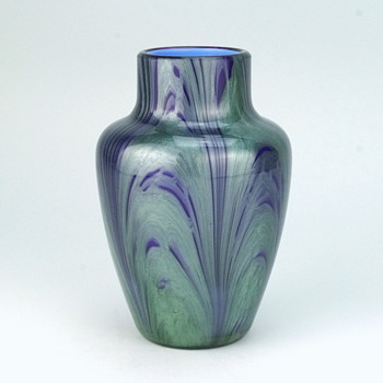 Loetz Carrageen Genre 2420 - 1905 - Art Glass