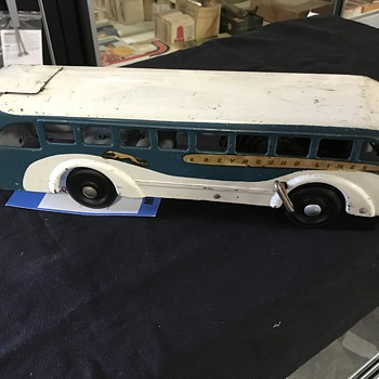 Buddy  L  greyhound bus windup tin toy  - Toys
