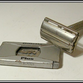 Old Razor -- Family - Accessories