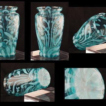 Welz Opalescent Glass - Crocus - No, it is not English or Victorian - For MacArt - Art Glass