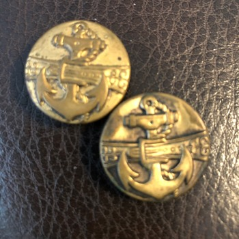 Some old buttons.  Trying to get info on them.