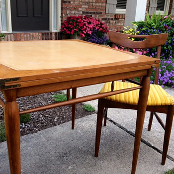 Mid Century Flip Table?  Heritage Henredon but what group? - Mid-Century Modern
