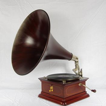 Columbia gramophone C1910