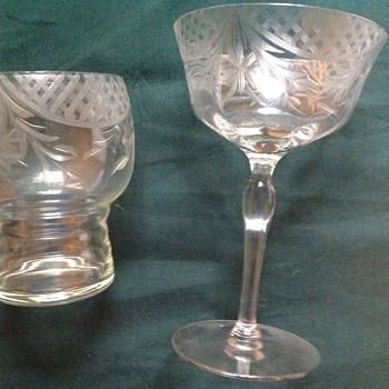 My great aunts glassware set - Glassware