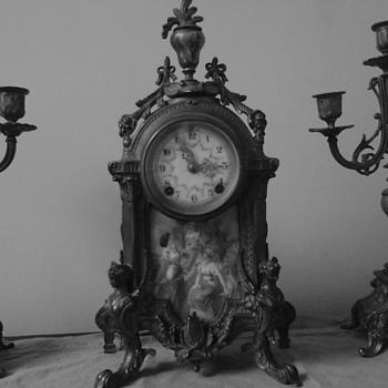 New haven clock (vintage unknown) very good shap, still runs - Clocks
