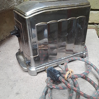 old TOASTMASTER toaster - Kitchen