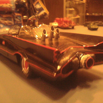 The details of this cast resin replica are amazing! - Model Cars