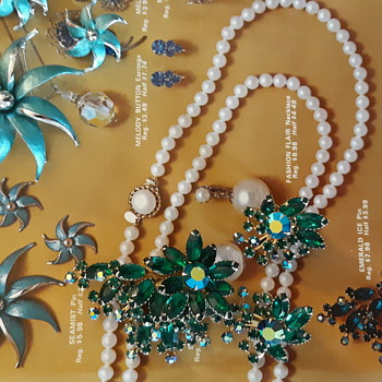 Very different construction styles by Park Lane - Costume Jewelry