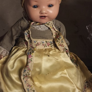 Help to identify doll - Dolls