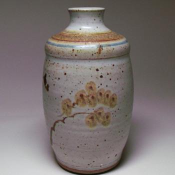 studio pottery signed Padget - Pottery