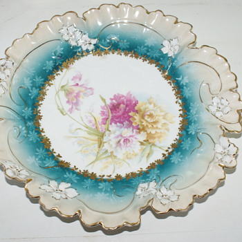 Vintage/Antique Cake Plate - China and Dinnerware