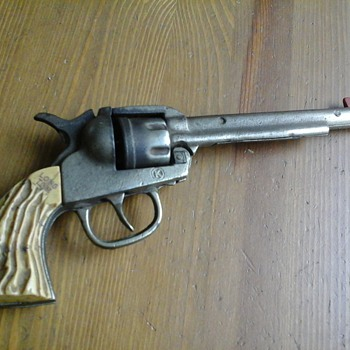 Rare Kilgore Long Tom Roy Rogers Signed Cap Gun - Toys