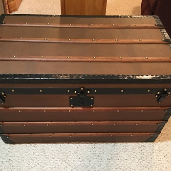 E.Goyard Aine (French canvas trunk) - Furniture