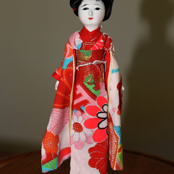 Hanako Brand Japanese doll with 3 wigs - Dolls