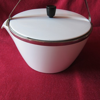 CorningWare Kettle - Kitchen