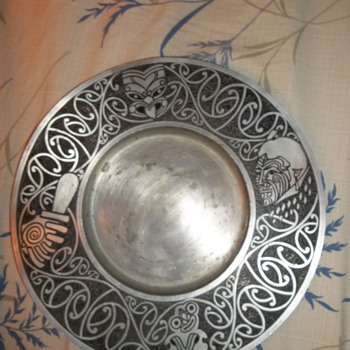 Akron Pewter tribal motif wall mounting handcrafted plate - Folk Art
