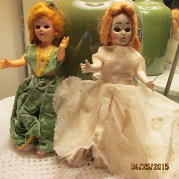 Need help identifying! - Dolls