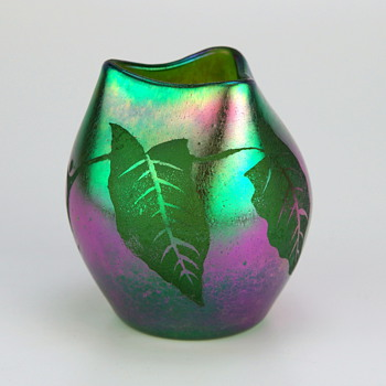 Loetz Acid Cut Back Cameo in creta Silberiris Prod. # 2/594 - Art Glass