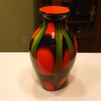 Similar KRALIK-TANGO WEBBED GREEN/ORANGE VASE as SEAN68' VASE - Art Glass