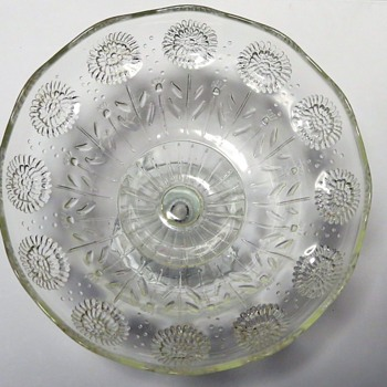 Clear Glass Footed Bowl - Dandelion Design - Glassware