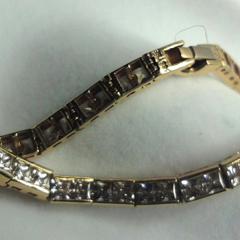 14K yellow Gold Diamond Tennis Bracelet  - Fine Jewelry