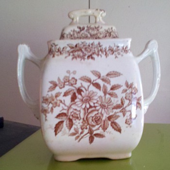 art pottery - China and Dinnerware