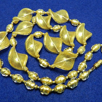 "1960's VENETIAN Art Glass Necklace - Gold Fleck - 32"" Long! - Costume Jewelry"
