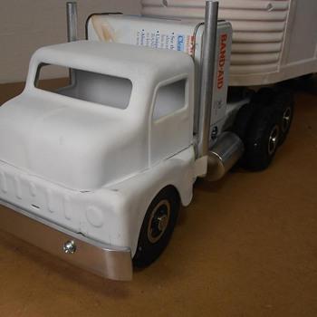 Vintage Structo Truck Overhaul