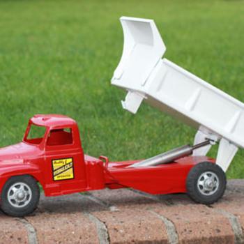 """1950s Buddy L Hydraulic Dump Truck """"mettoy"""" - Toys"""