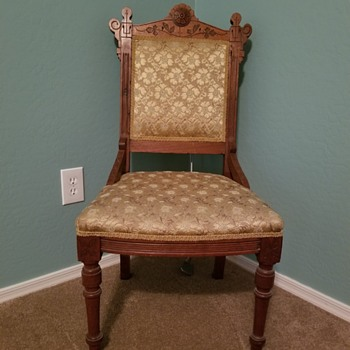 Early chair? - Furniture