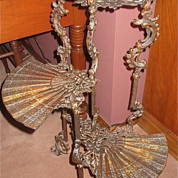 Antique Ornante 3 tier fan table. - Furniture