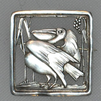 Cast Sterling Pelican Pin - Fine Jewelry
