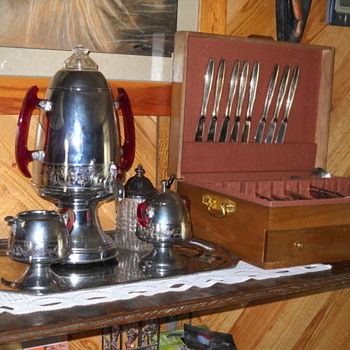 Anyone know anything about this coffee set? - Silver