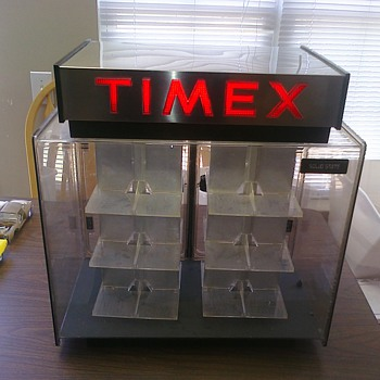 Old Timex revolving case... - Advertising