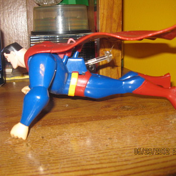superman needs your help - Toys