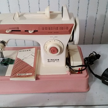 My Late 60s Singer Sewing Machine! - Sewing