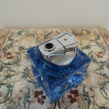 Mid Century Glass Lighter - Tobacciana