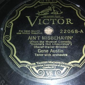 MR. GENE AUSTIN...ON 78 RPM SHELLAC - Records
