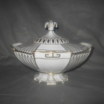 KPM Tureen? - China and Dinnerware
