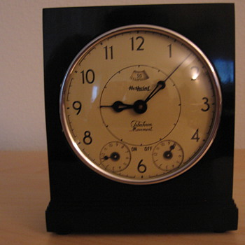 The General Electric Hotpoint Clock Range