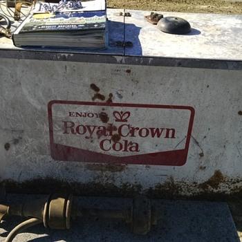 Royal Crown Cola cooler, Progress Model 183