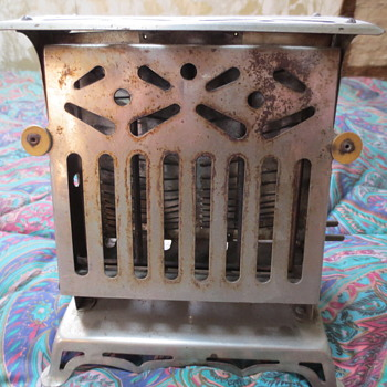 Old  vintage toaster - Kitchen