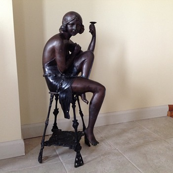 Bronze Beauty Figurine - Art Nouveau