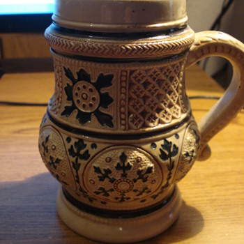 A very old Reinhold Hanke Steins - Breweriana