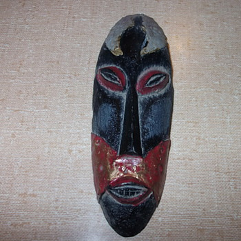 African small mask figurine - Folk Art