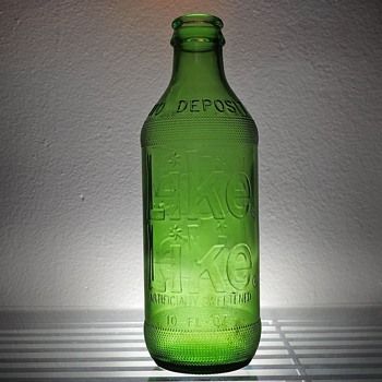 1969 Like Diet Soda Bottle Anchor Hocking Connellsville, PA Green Embossed 10 Ounces Vintage NDNR - Bottles